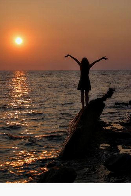 Ава девушек фото на море